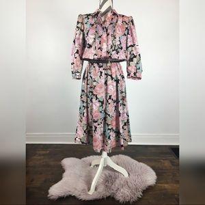Vintage floral print button up dress size 13/14